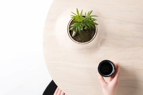 植物を栽培できるテーブル05