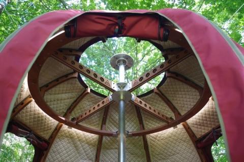 まん丸のテント08