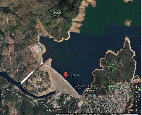 米国最大のダムの放水02