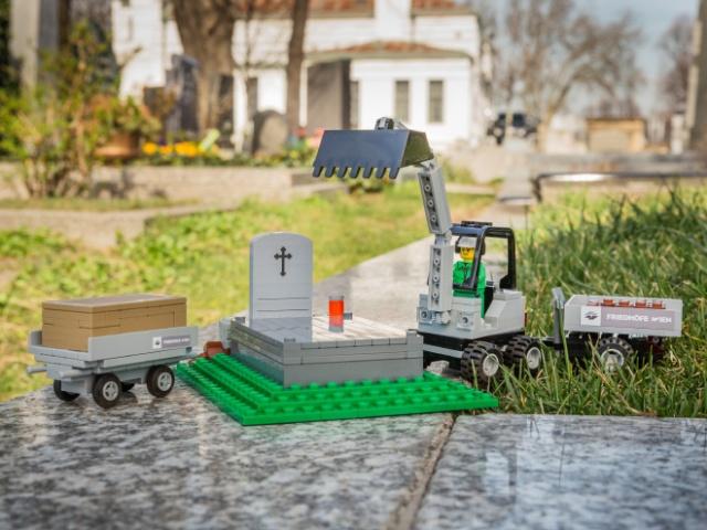 レゴの墓場セットが!シュール過ぎる!!