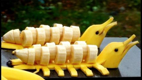 バナナで作ったイルカ01