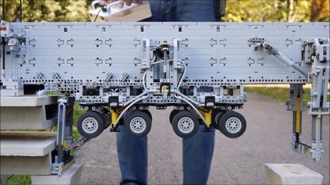 橋建設の自動車01