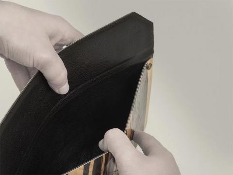 木製の財布06