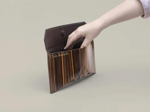 木製の財布07