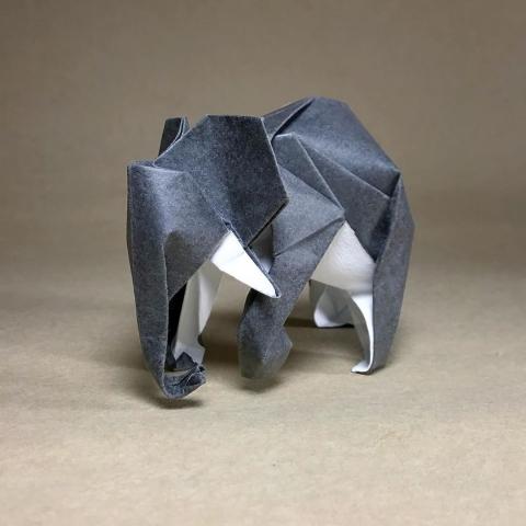 折紙でできた動物01