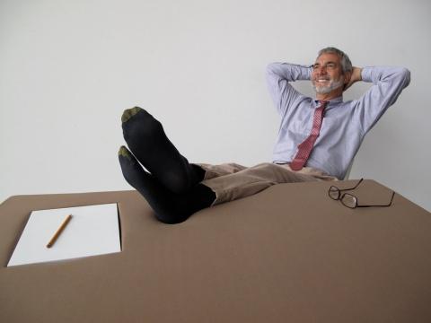 机で寝たい人のための机07