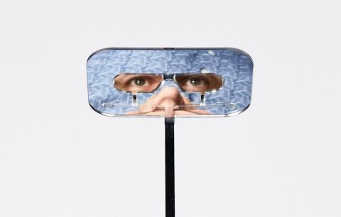 潜望鏡のようなメガネ04