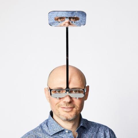 潜望鏡のようなメガネ01