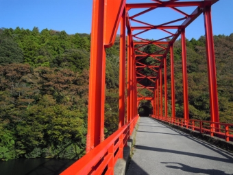 亀山湖の橋181021