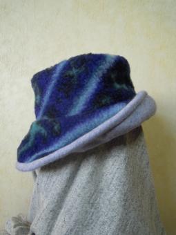 圧縮ニットとボアーの帽子181130