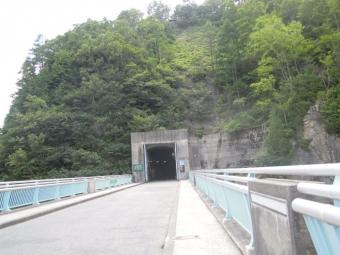 黒部ケーブル乗り場への道190725