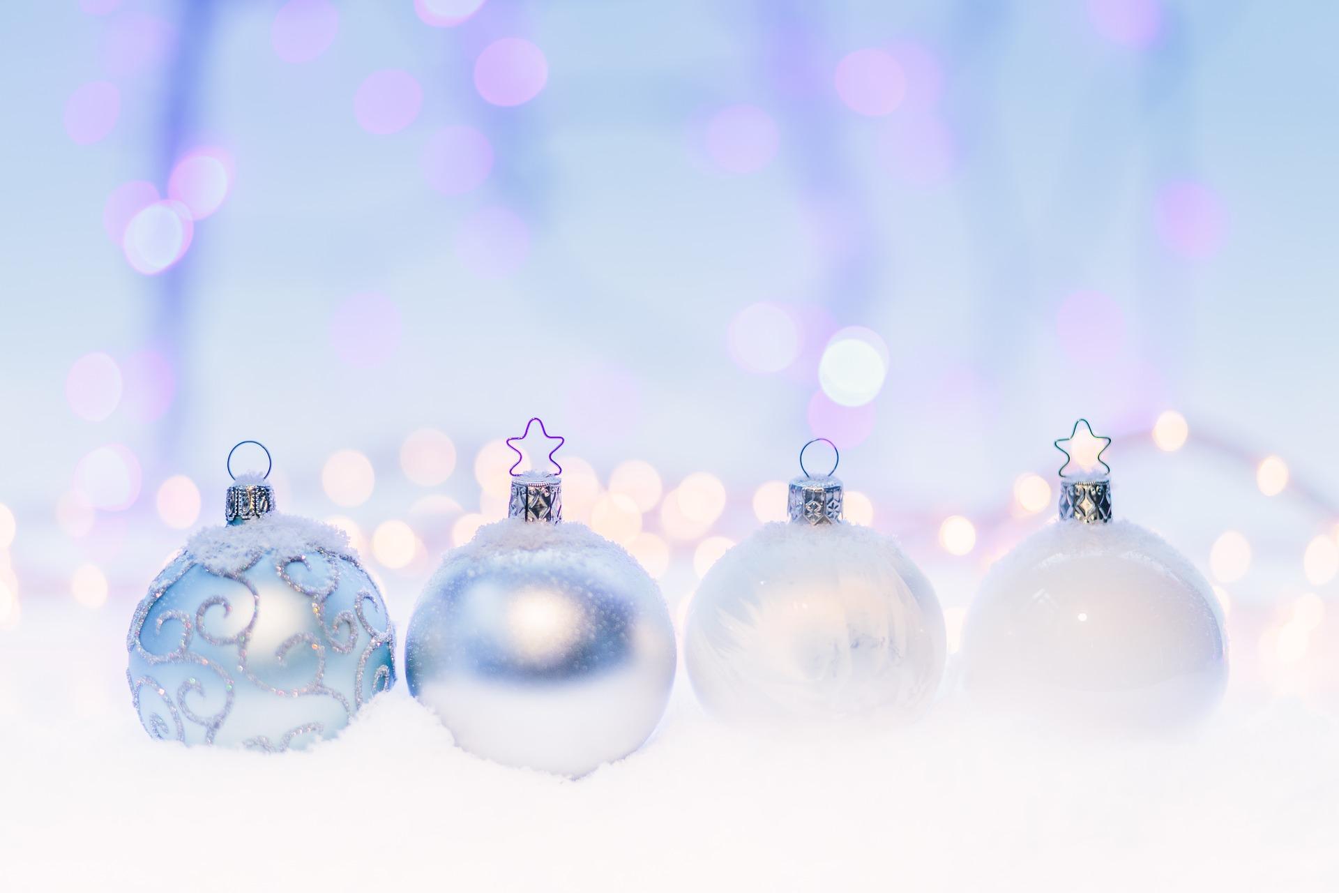 christmas-1867048_1920.jpg