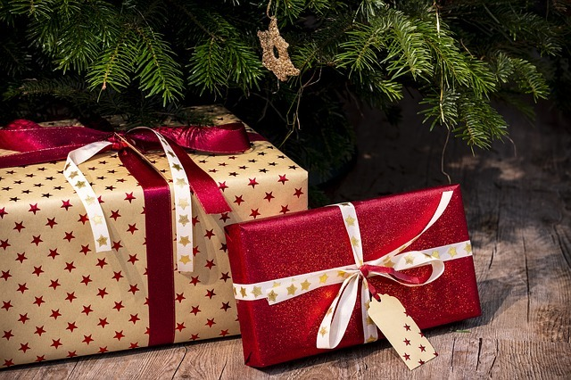gifts-3835455_640.jpg