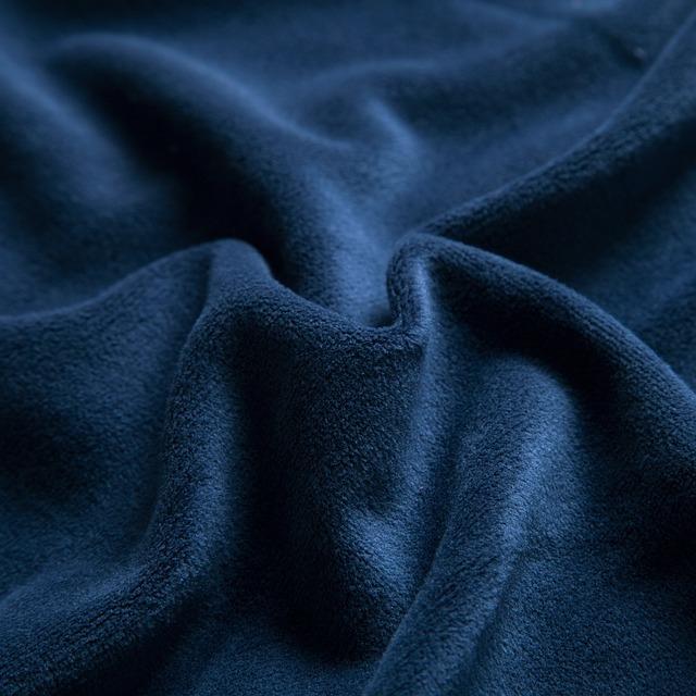 navy-blue-1747663_640.jpg