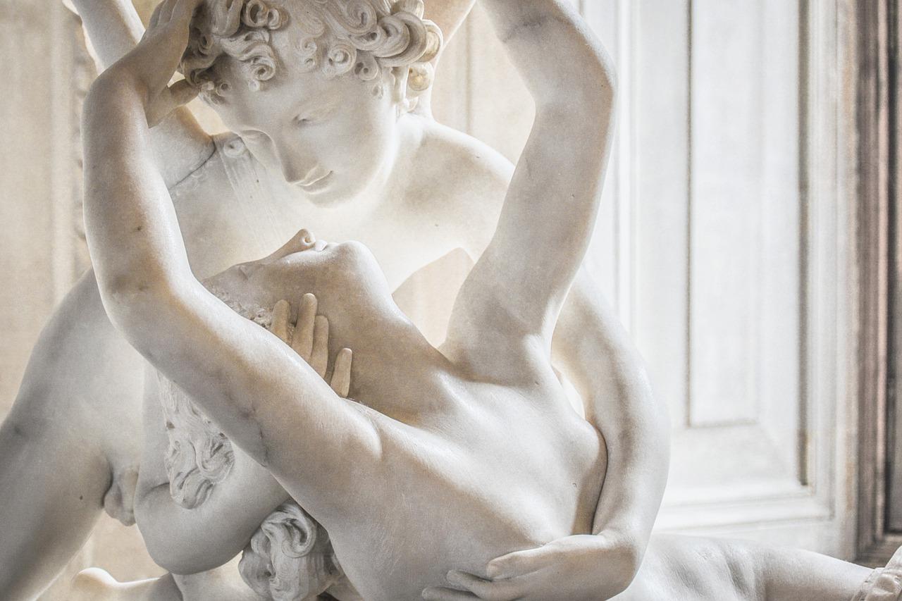 statue-4255695_1280.jpg