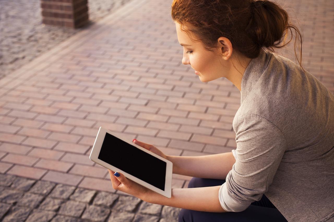 tablet-690032_1280.jpg