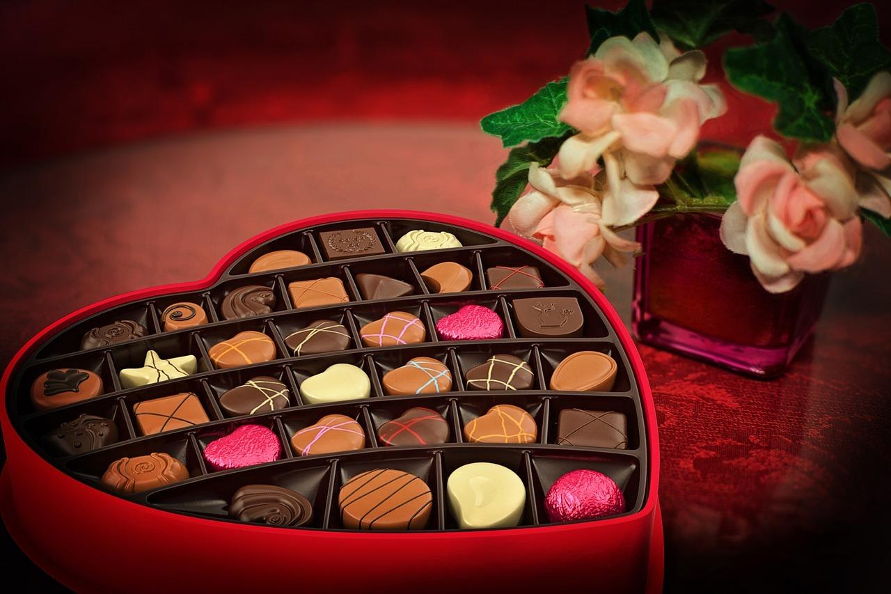 valentines-day-2057745_1280.jpg