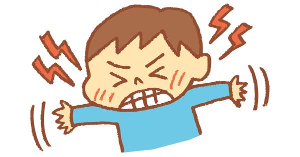 癇癪を起している男の子