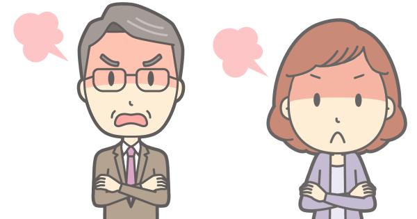 カンカンに怒っている校長先生とPTA幹部の母親