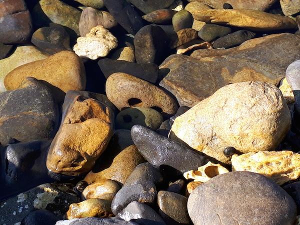 海中の石笛