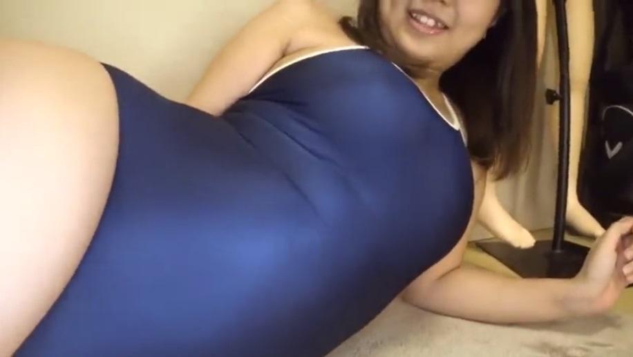 スク水の女子