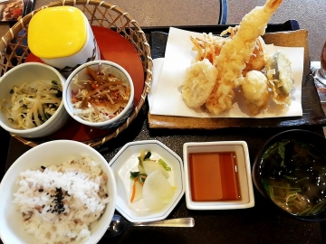 クリエイトレストランツ かごの屋 天ぷら盛合せ02 1810 201802
