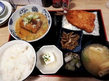 SFP HD 五の五 サバ味噌煮定食02 201902