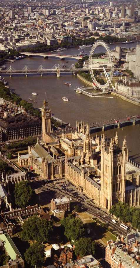London_Big_Ben_and_ Thames_ River