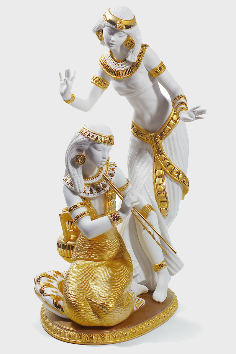 Lladro_Dancers_from_the_Nile_Golden_Re-Deco.jpg