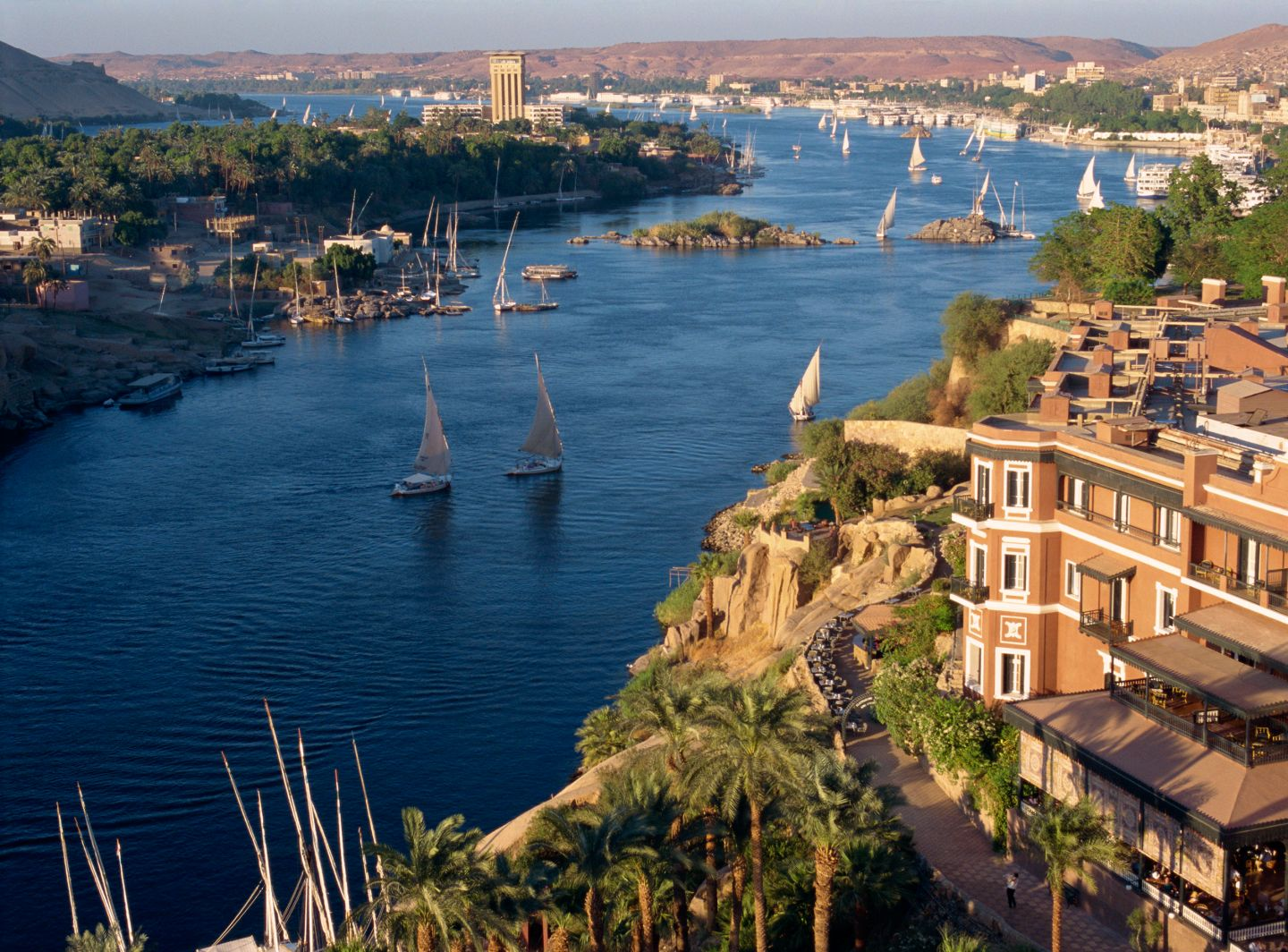 Nile_03_rexfeatures.jpg