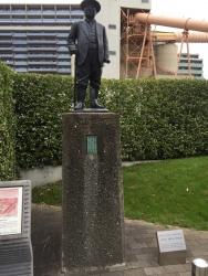 清澄白河 浅野総一郎の銅像
