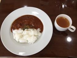 世田谷区岡本 プース・カフェ ハヤシライス