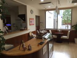 世田谷区岡本 プース・カフェ 室内の様子3