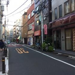 六本木ヒルズ 本郷菊坂 下町風商店街