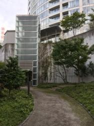 赤坂 円通寺坂公園 エレベーター2