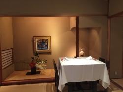 赤坂金龍 テーブル席2