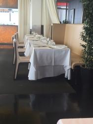 丸ビルレストラン サンス・エ・サブール 室内2