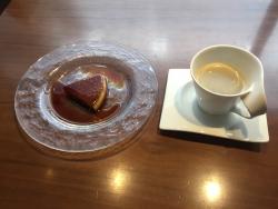 世田谷区岡本 ビストロコシヤマ デザートとコーヒー
