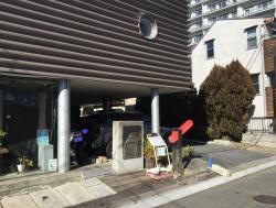 世田谷区岡本 ビストロコシヤマ 閑静な住宅街