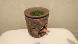 代官山 寿し佐藤 トイレの茶香炉