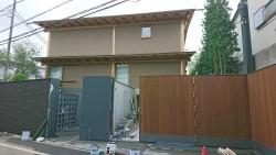 岡田准一、宮崎あおい夫妻の建設中の家1904