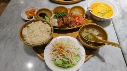 シンガポール海南鶏飯(ハイナンチーファン) ハーフ&ハーフ