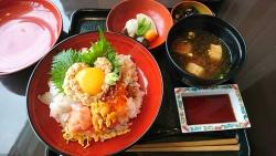たん熊北店 海鮮納豆丼