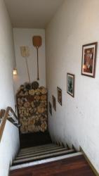 グランツァ 地下への階段