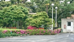 松坂屋配送センター 靍護稲荷神社 日暮里の東記事