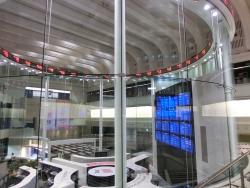 東京証券取引所 2階 ビストロ トラディシオン