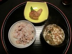 五穀米と味噌汁 一宮庵