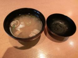 味噌汁 すし屋の中川