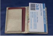 安心安全パスポートケース白蛇(七福財布)使用例3