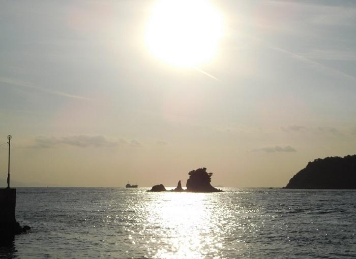 光るターナー島3012